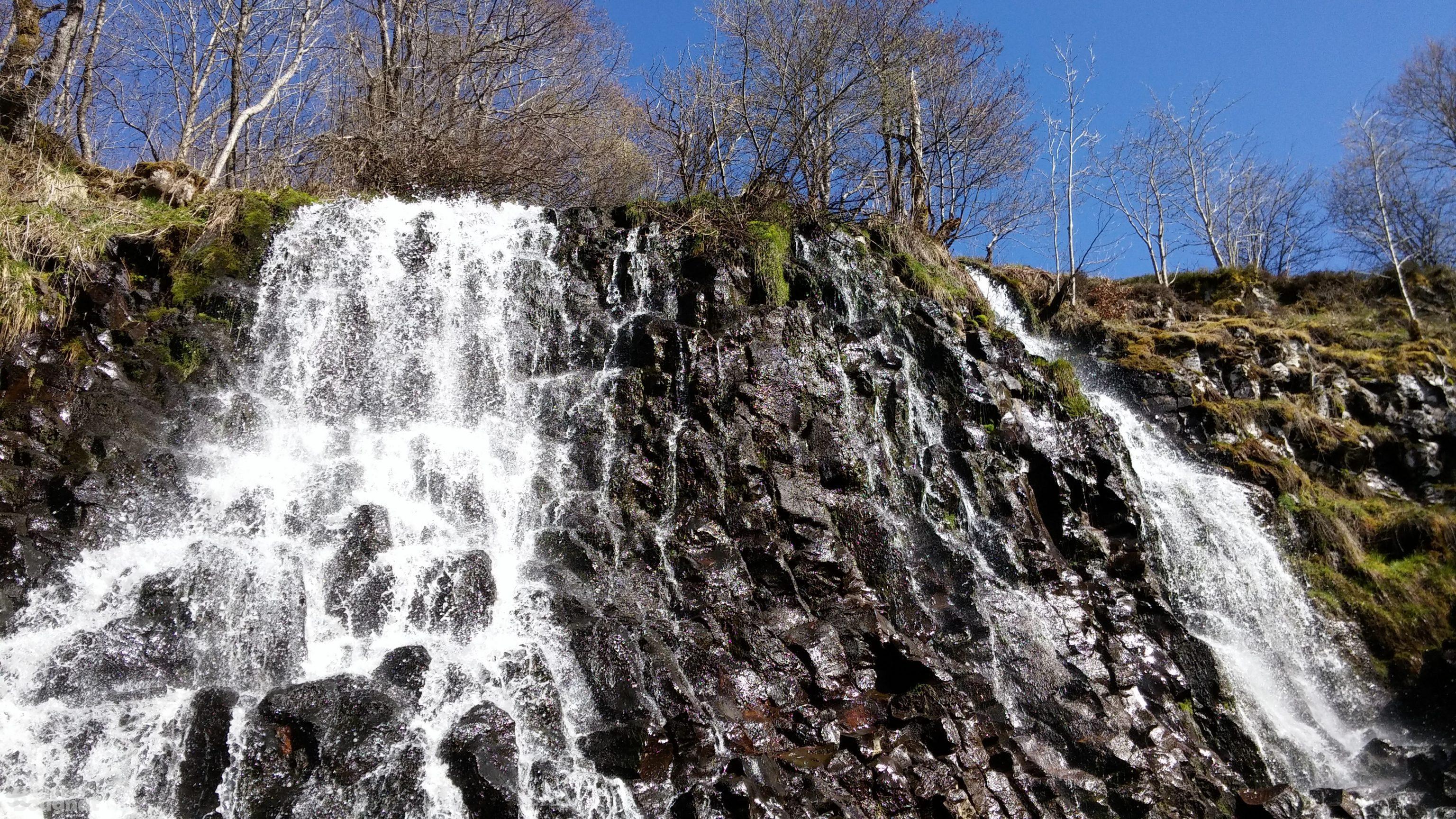 La cascade en largeur