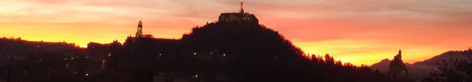 Soleil couchant sur le Puy